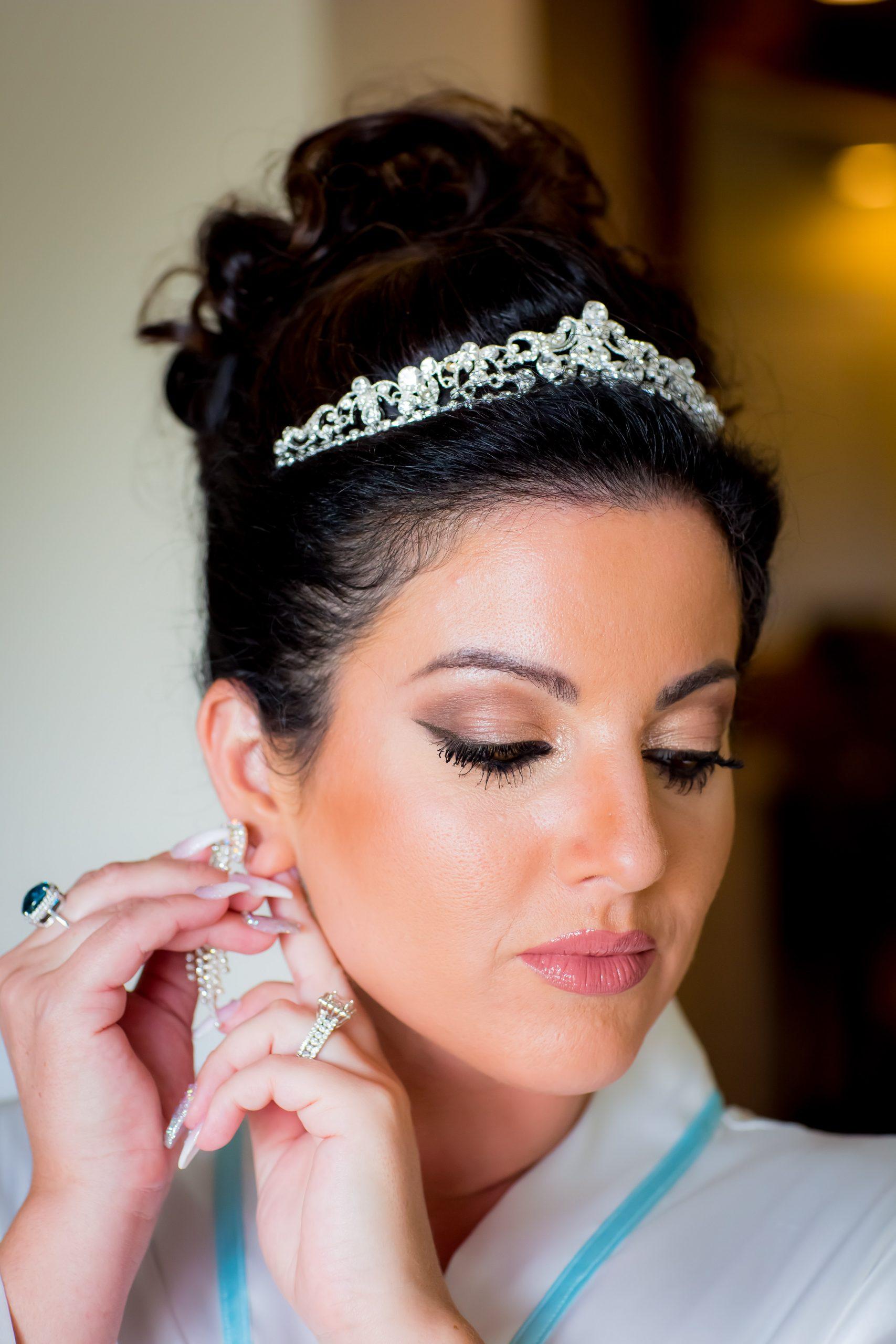 Victori_Rob_Mohawk River Country Club Wedding-10.jpg