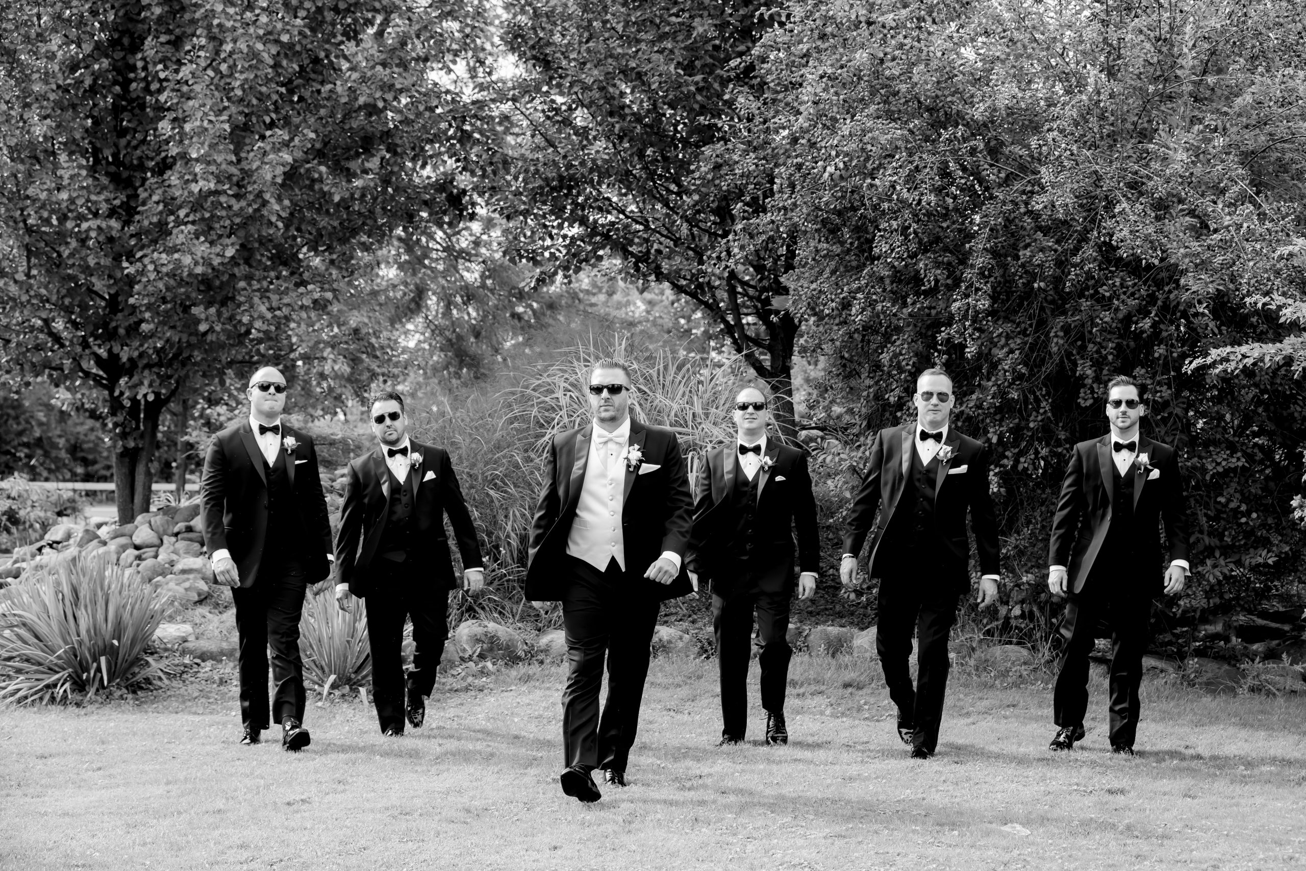 Victori_Rob_Mohawk River Country Club Wedding-16.jpg