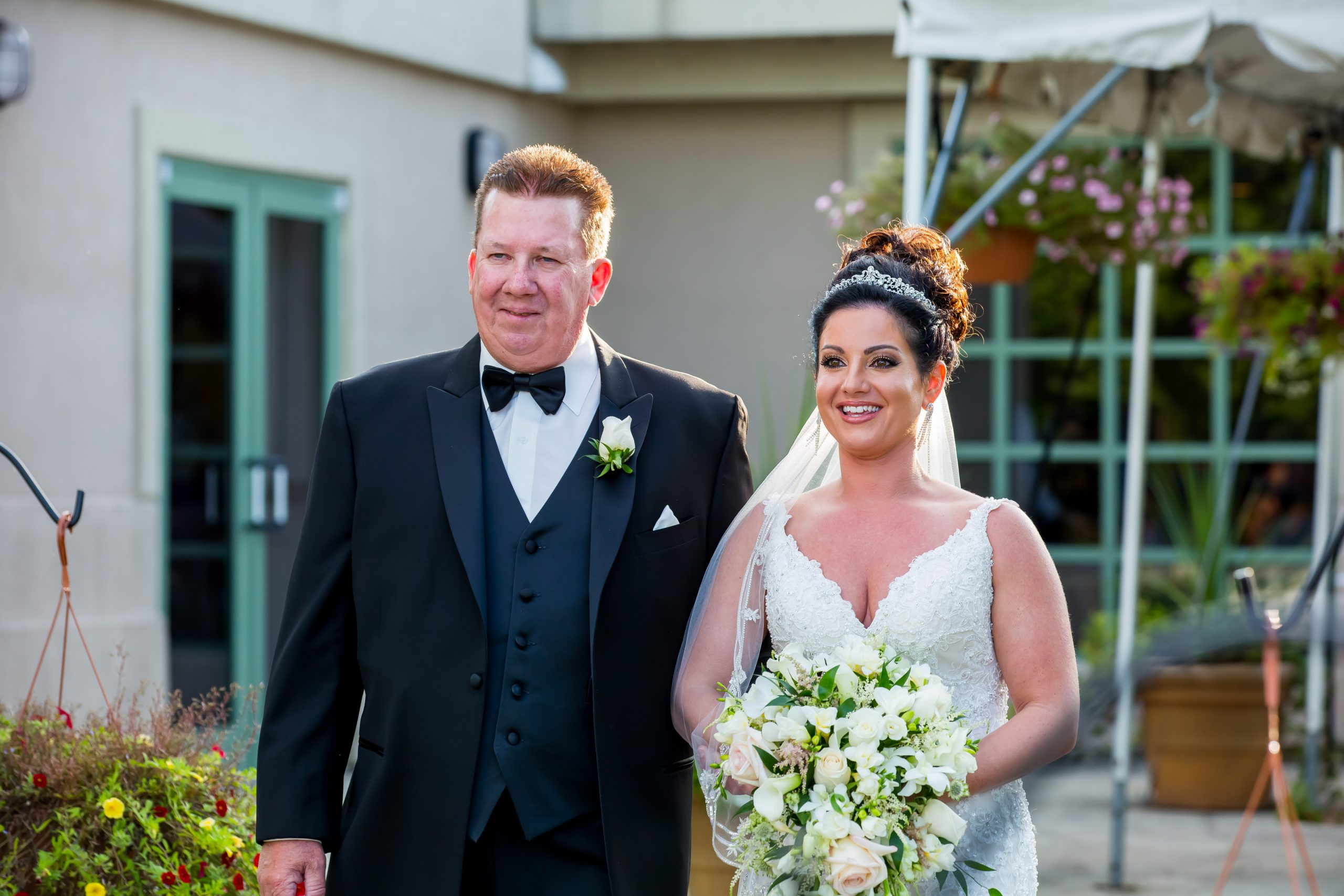 Victori_Rob_Mohawk River Country Club Wedding-27.jpg