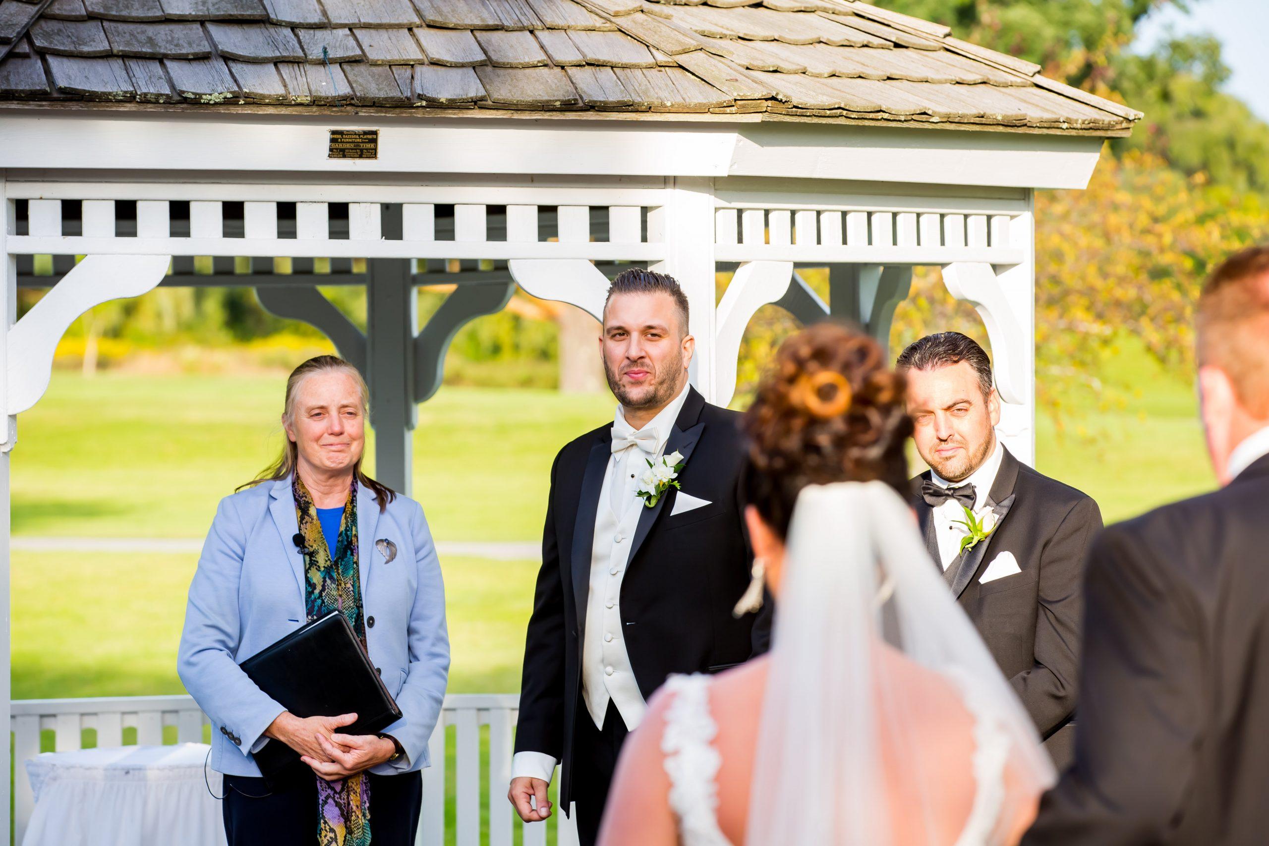 Victori_Rob_Mohawk River Country Club Wedding-28.jpg