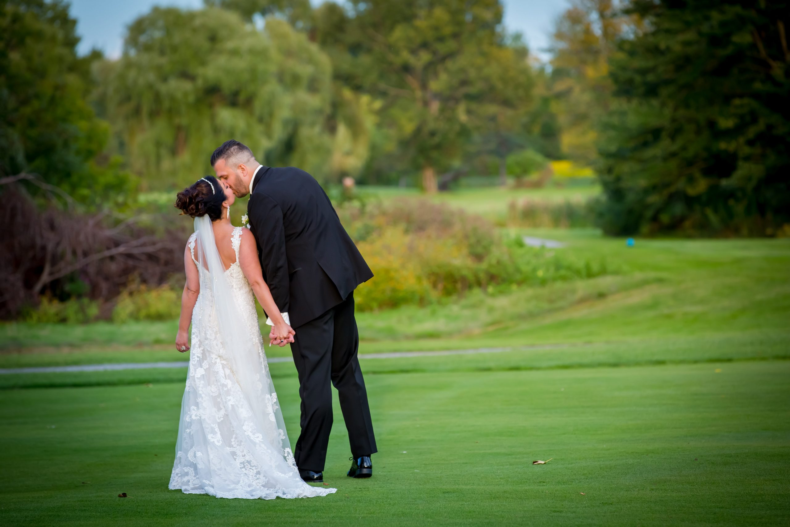 Victori_Rob_Mohawk River Country Club Wedding-38.jpg