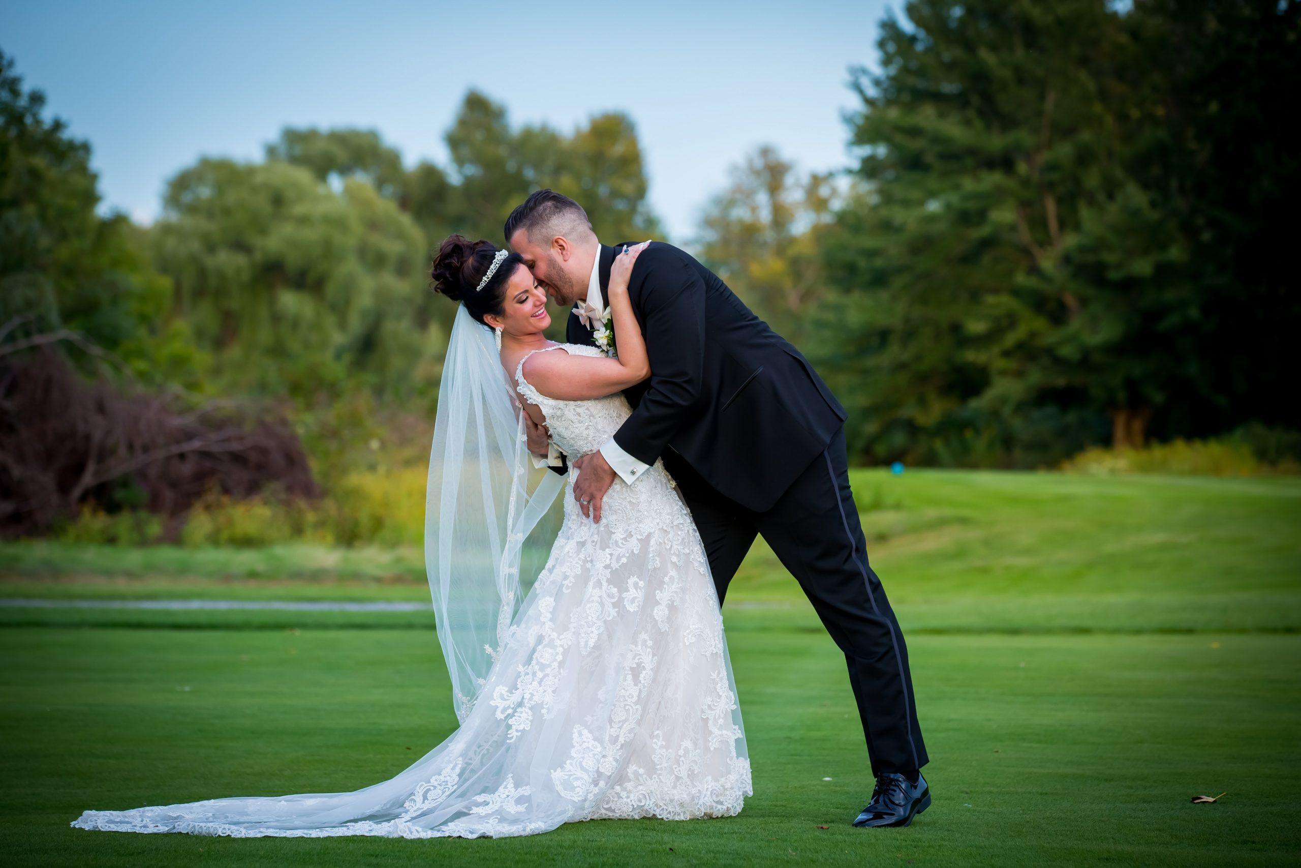 Victori_Rob_Mohawk River Country Club Wedding-39.jpg