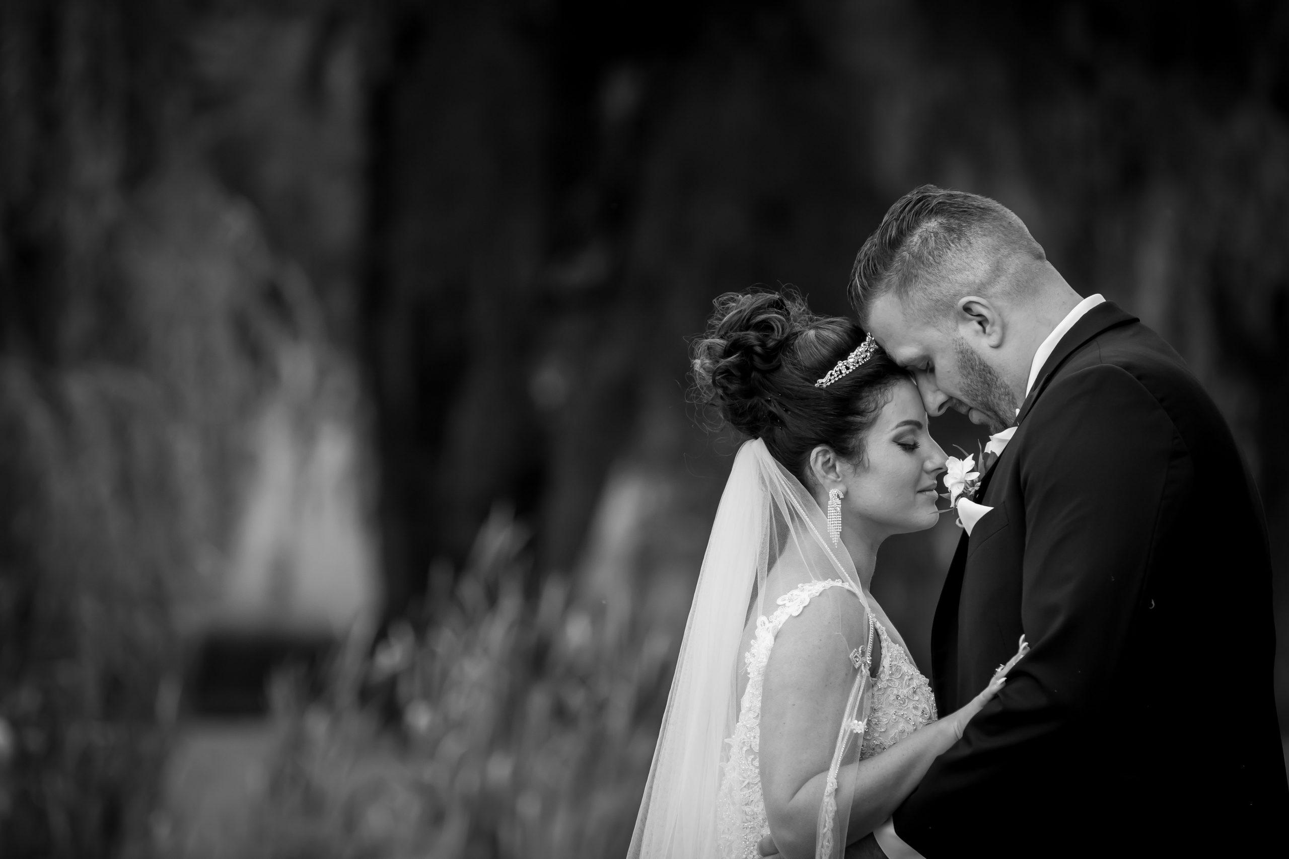 Victori_Rob_Mohawk River Country Club Wedding-42.jpg