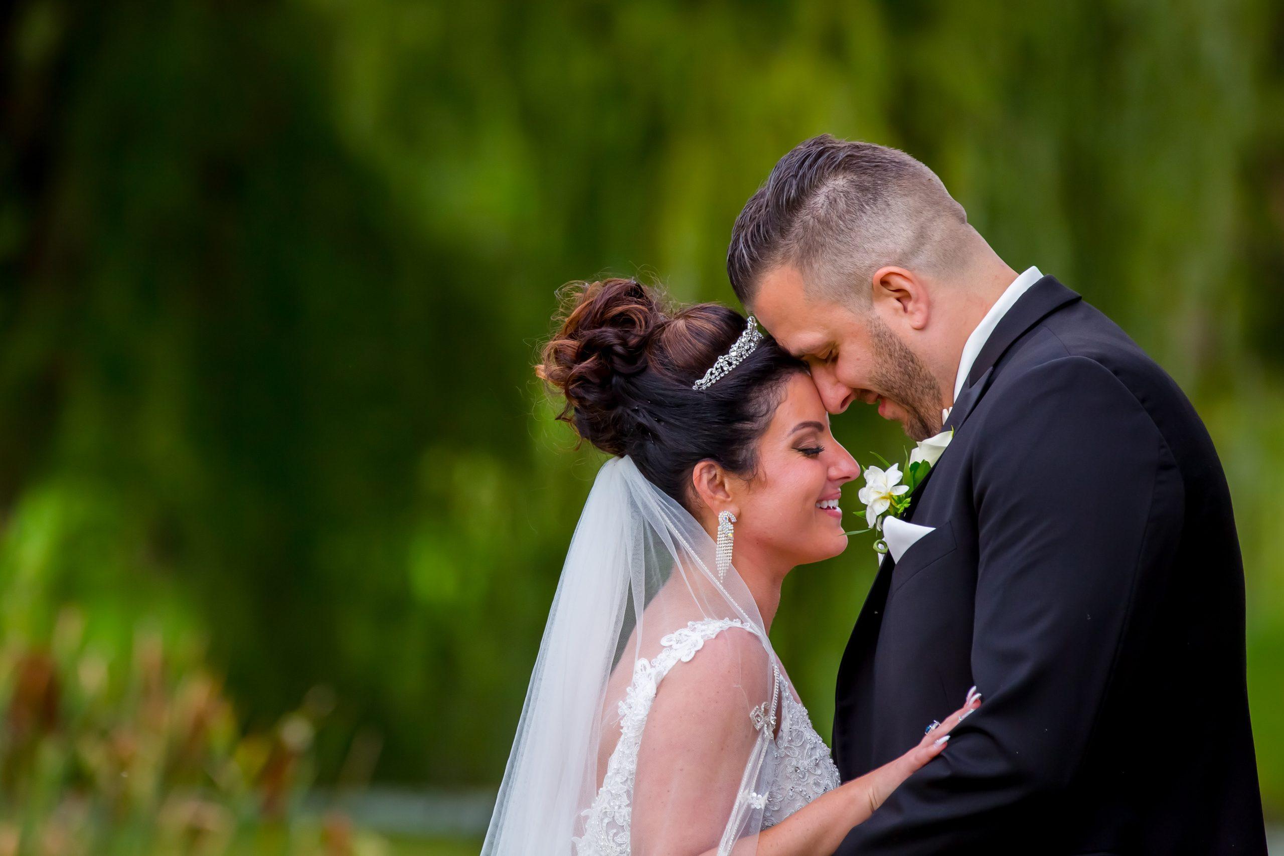 Victori_Rob_Mohawk River Country Club Wedding-43.jpg