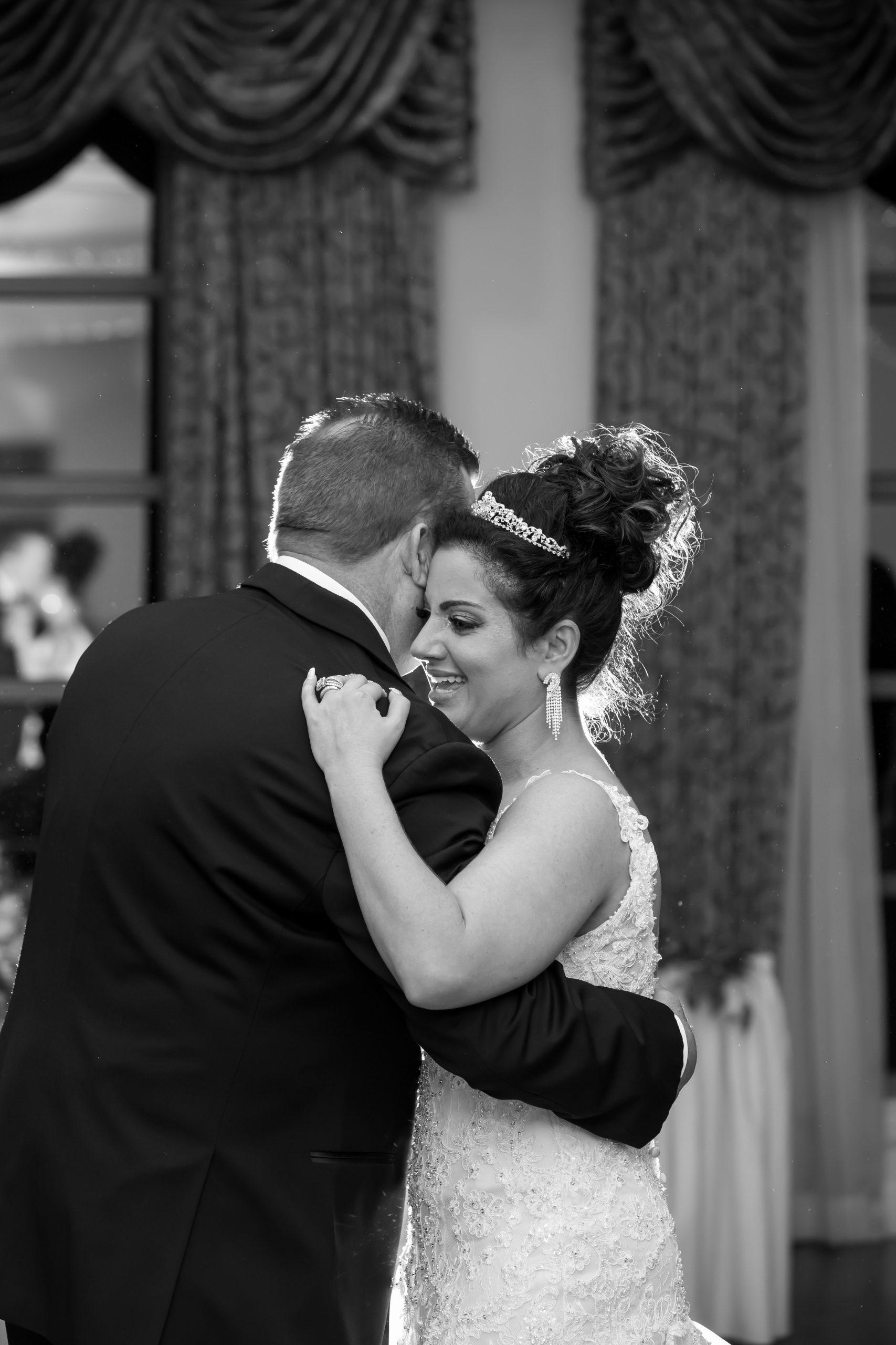 Victori_Rob_Mohawk River Country Club Wedding-52.jpg