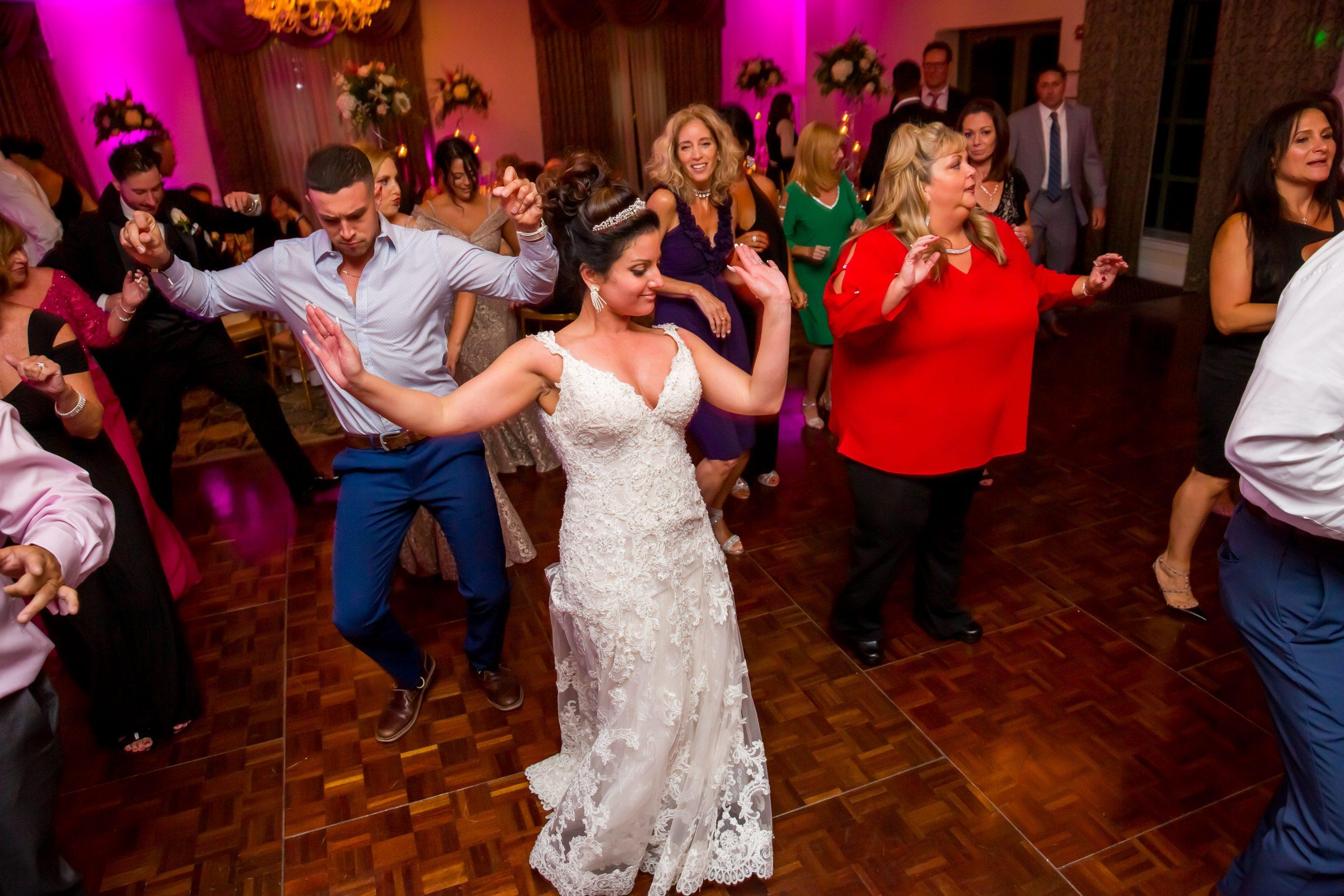Victori_Rob_Mohawk River Country Club Wedding-65.jpg