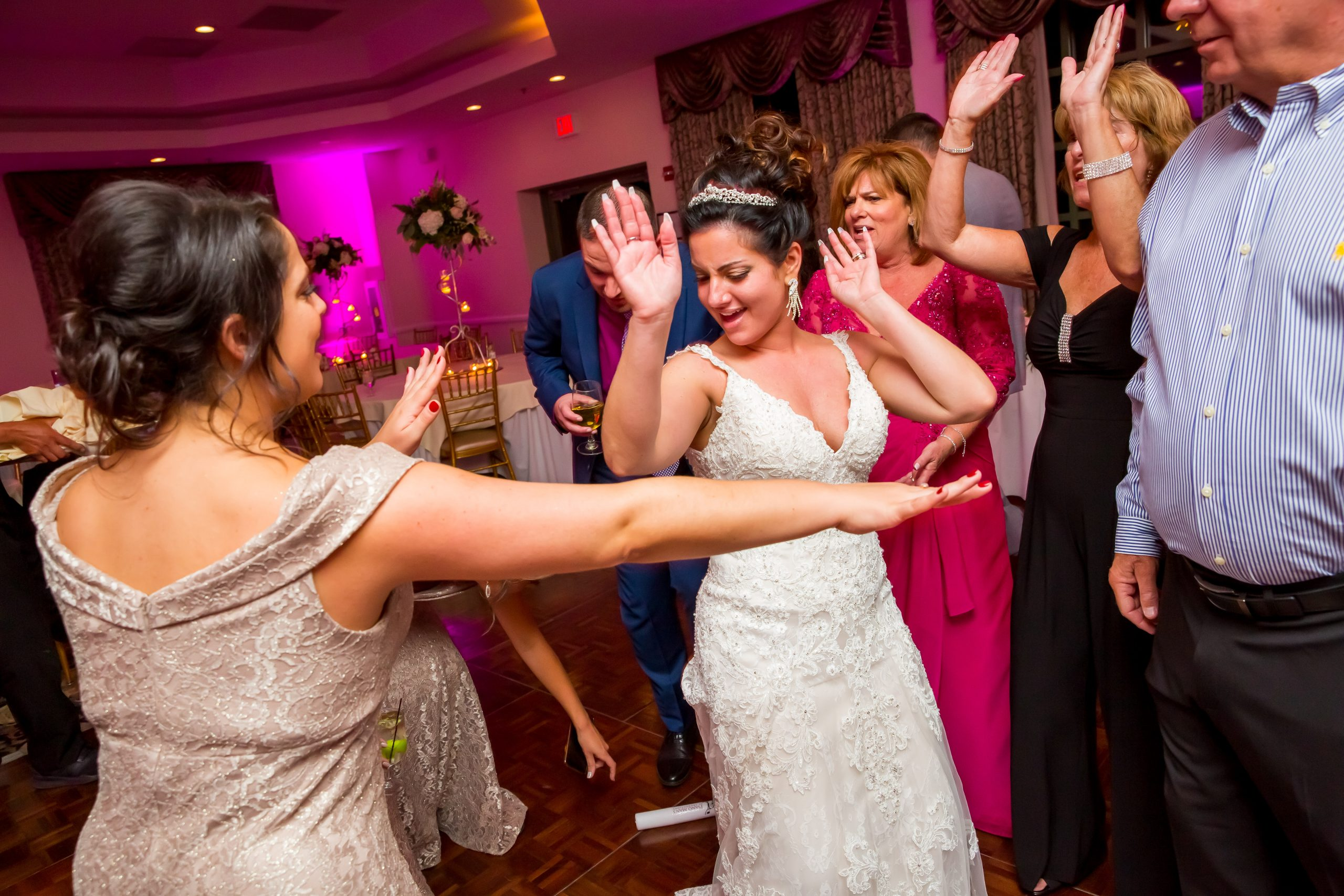 Victori_Rob_Mohawk River Country Club Wedding-68.jpg